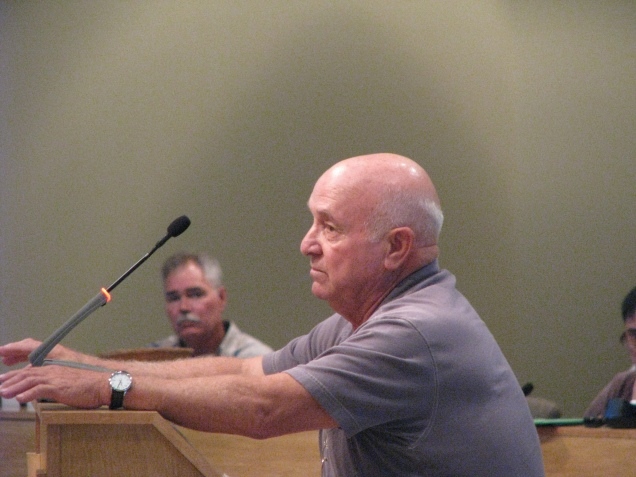 A Destin resident voices his concerns for the city's response plans.